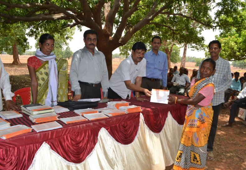 Single women are given job cards by PD, DRDA in special gram sabha due to advocacy of Disha who were denied earlier